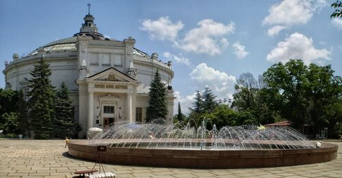 Панорама - историко-художественный памятник,отображает события одного дня 349-дневной обороны Севастополя в период...