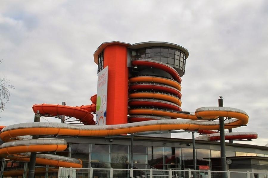 5. Twister and Speedy — тандем быстрой и длинной горок в спа-курорте (Австрия) На территории австрий