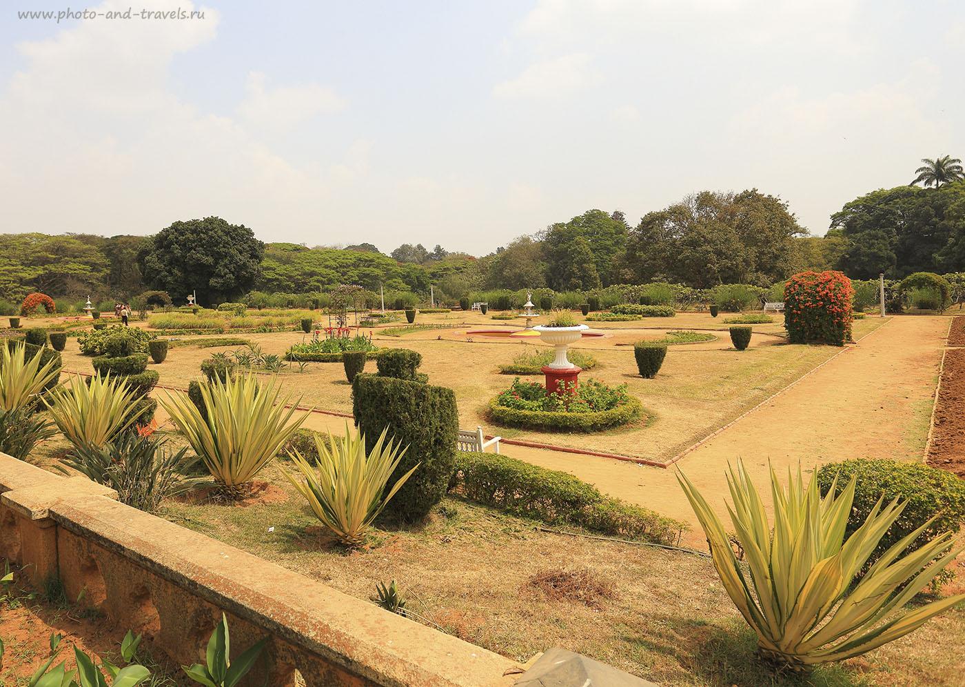 Фото 3. Поездка по штату Карнатака в Индии. Сад во Дворце