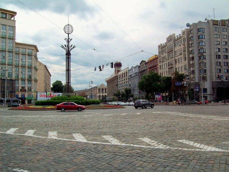 Вид на Европейскую площадь от Хрещатого парка