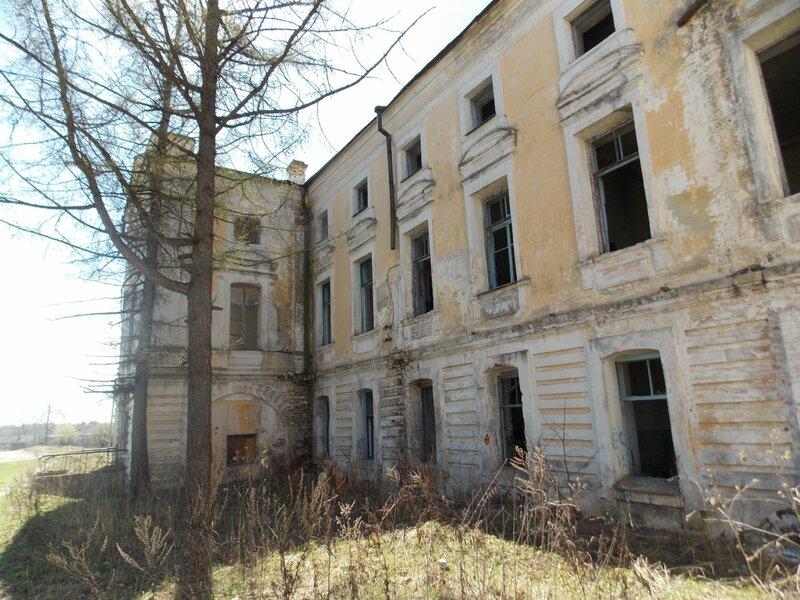 д. Грузины Торжокского района: господский дом