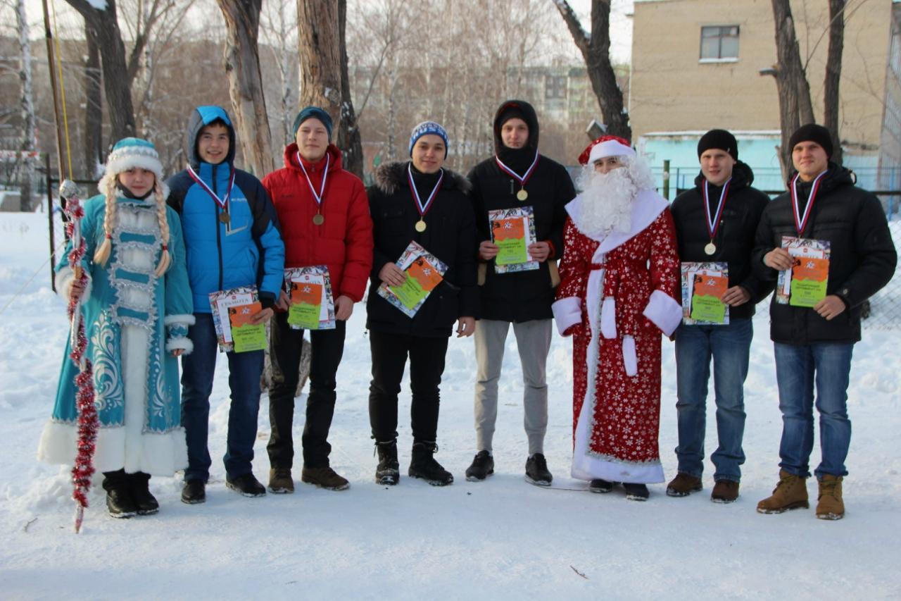 Победители в эстафете среди юношей (30.12.2015)