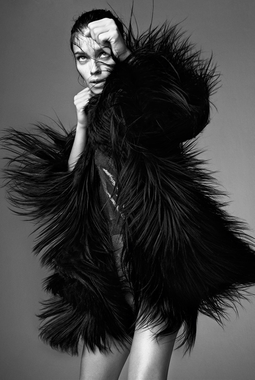 Адриана Лима в июньском Vogue Italia 2014