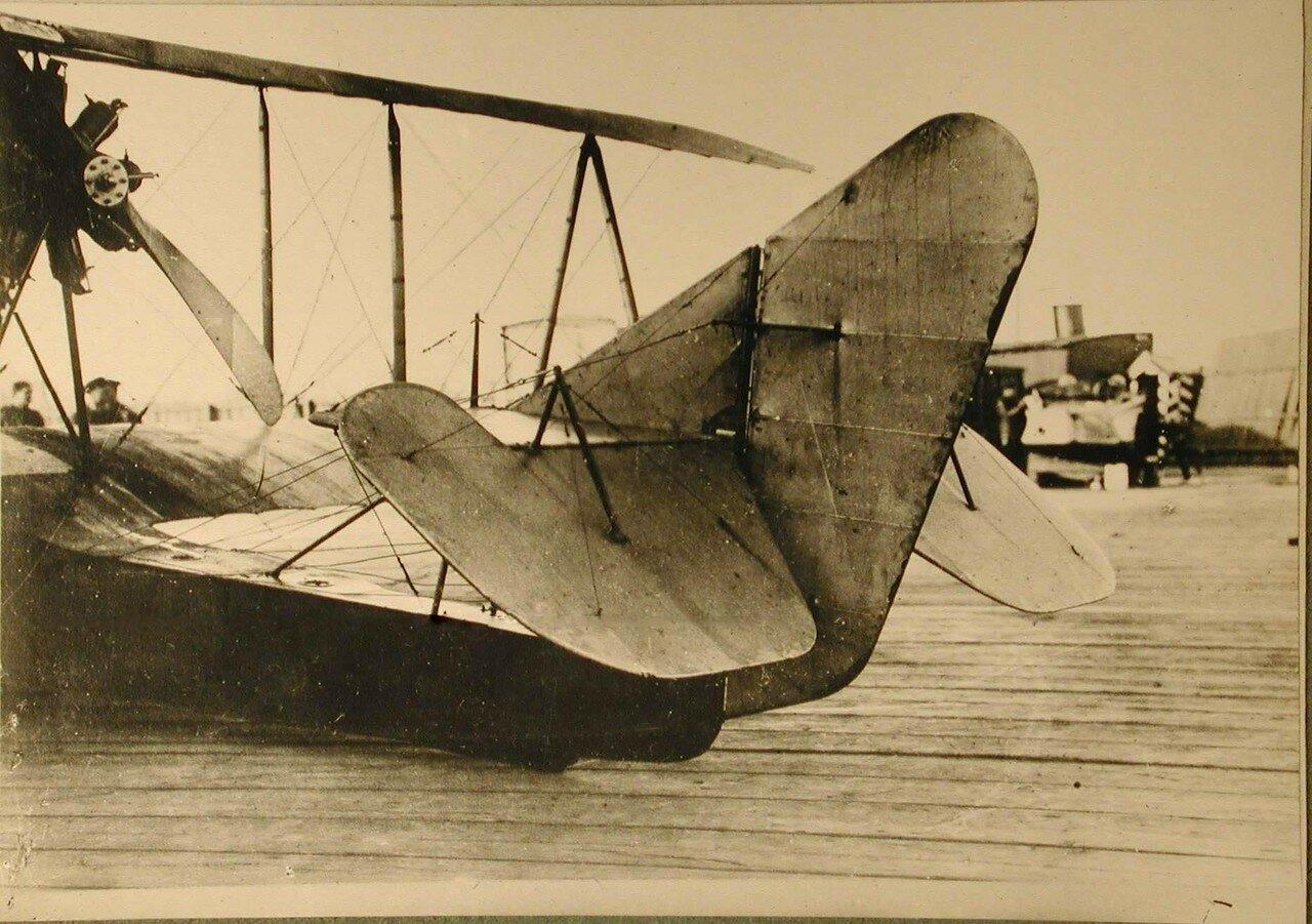 32. Летательный аппарат типа Щетинина Морской-10(вид сзади)