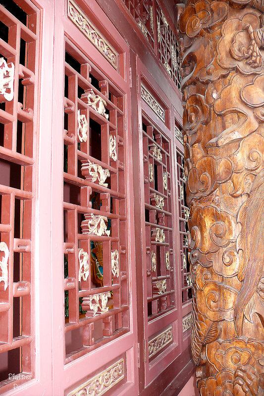 решетки и колонны по китайски.....
