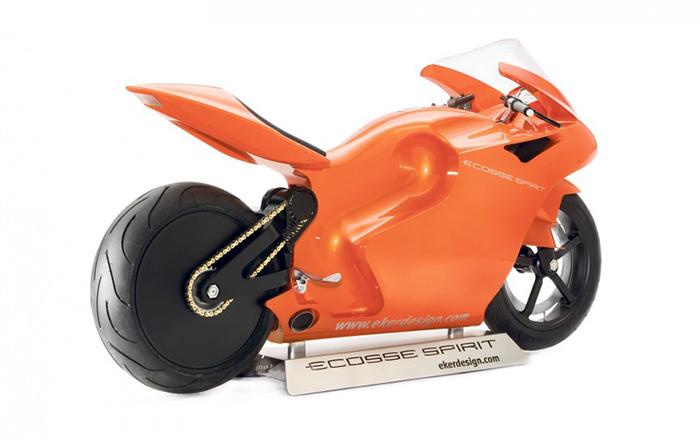 Прежде чем сесть на этот мотоцикл, вам придется пройти специальные курсы вождения в штаб-квартире ег