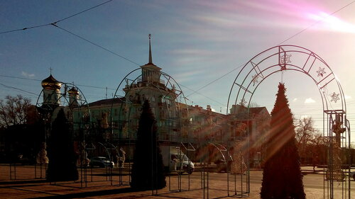 Луганск готовится к встрече нового года-1.jpg