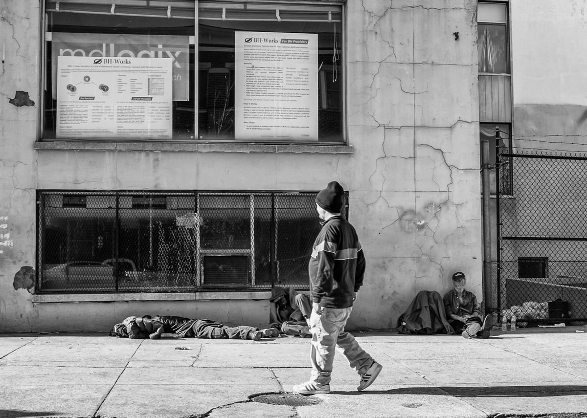 Неулыбчивая Америка: Черно-белая жизнь в бедных кварталах современного Балтимора (40)