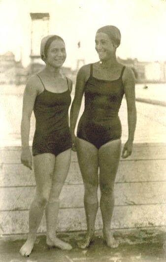 Чемпионка СССР по плаванию 1927, 1928, 1929 и 1930 годов,  чемпионка Всесоюзной спартакиады 1928 года  Суламифь Мессерер.