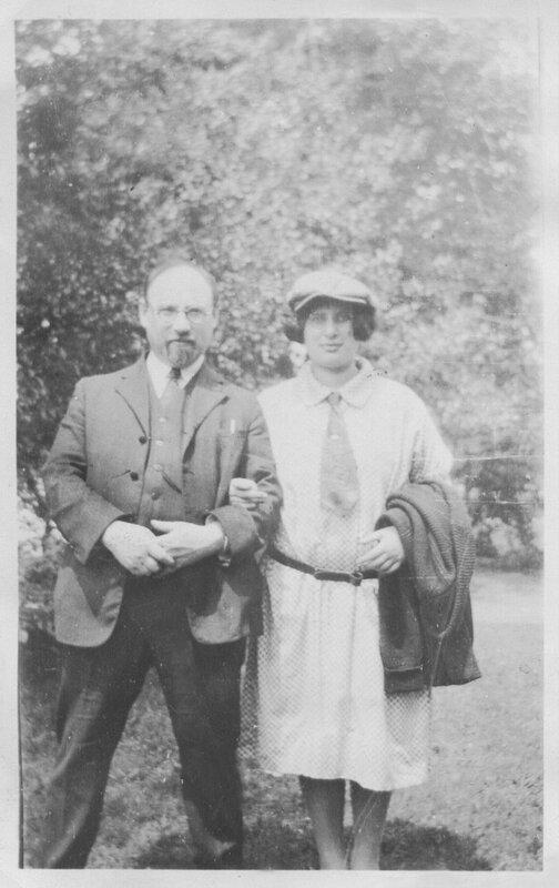 С отцом Иосифом Конен 20-е годы США