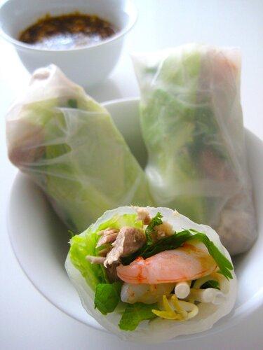 Pork and prawn summer rolls: летние рулончики со свининой и креветками по-вьетнамски