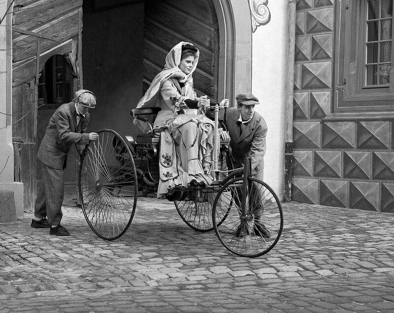 Bertha Benz (1849-1944).jpg