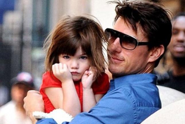 Какая причина заставила Тома Круза забыть о дочери