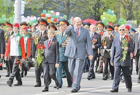 Белоруссия не будет запрещать георгиевскую ленточку