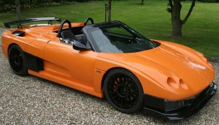 Спортивный родстер Salica GT был собран инженерами британской компании Salica Cars. Сборка автомобил