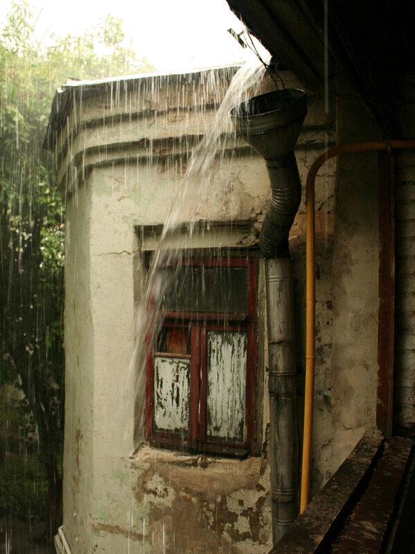 Дождь на Хитровке
