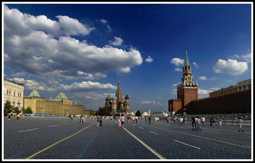 И снова Красная площадь ! Тоже панорама из нескольких снимков