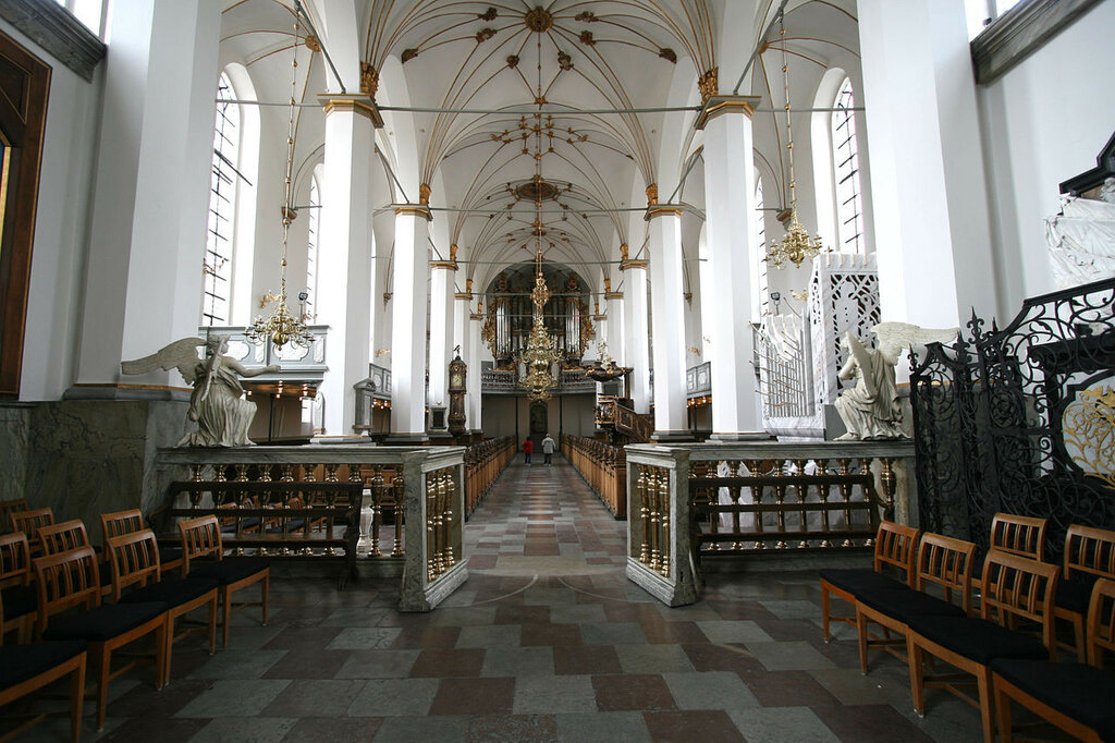 1280px-Trinitatis_Kirke_Copenhagen_interior_from_altar_wide.jpg