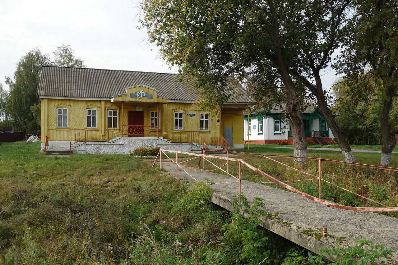 клуб, село Озерицы