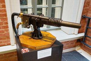 37-мм противоминная пушка системы Гочкиса, конец 19 в., Центарльный военно-морской музей, Санкт-Петербург