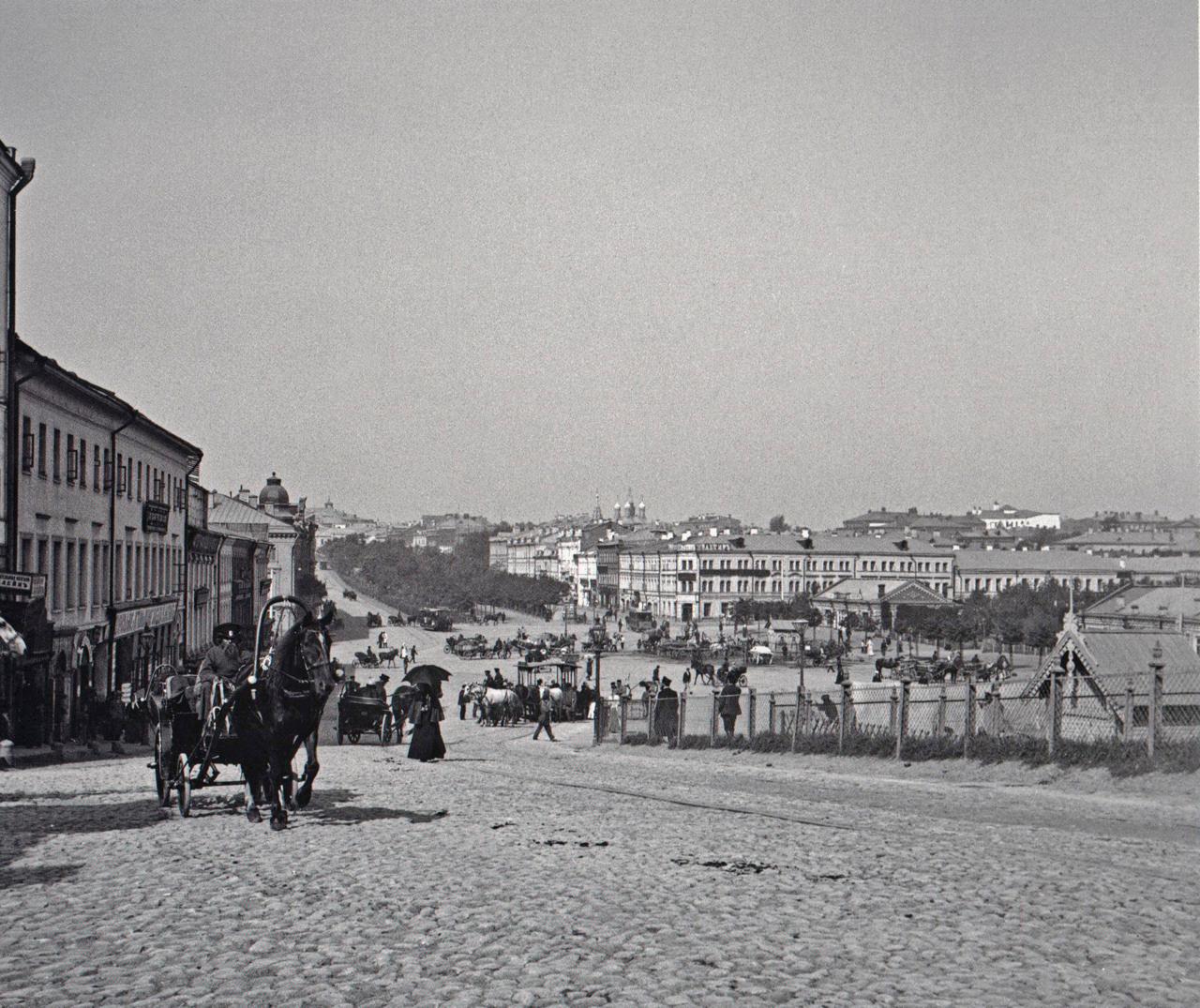 702. Вид на Трубную площадь с проезда Рождественского бульвара