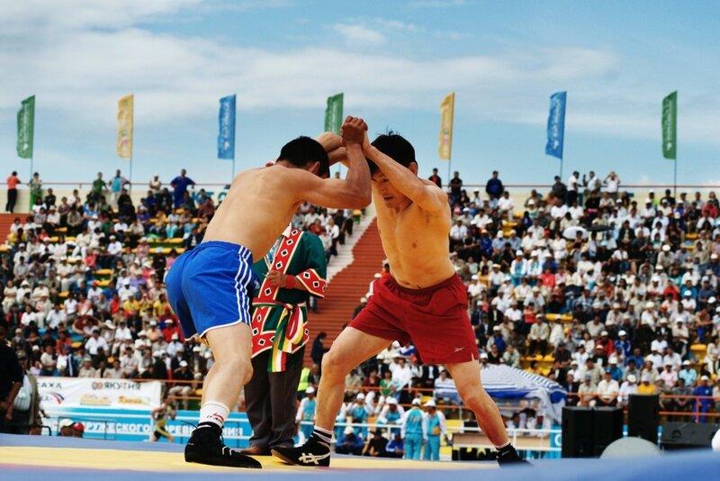 фото: якутская национальная борьба хапасагай. фотограф Кирилл Кузьмин.