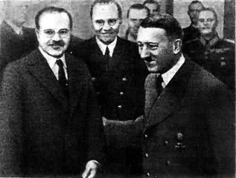 Гитлер и советский премьер Молотов