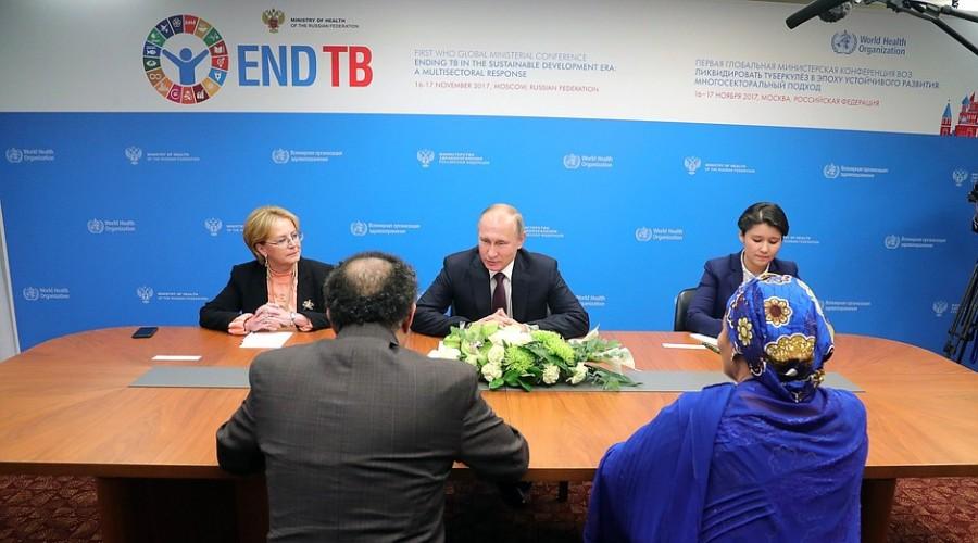 Владимир Путин провел рабочую встречу с главой ВОЗ Тедросом Адханомом и первым заместителем Генсека ООН Аминой Мохаммед