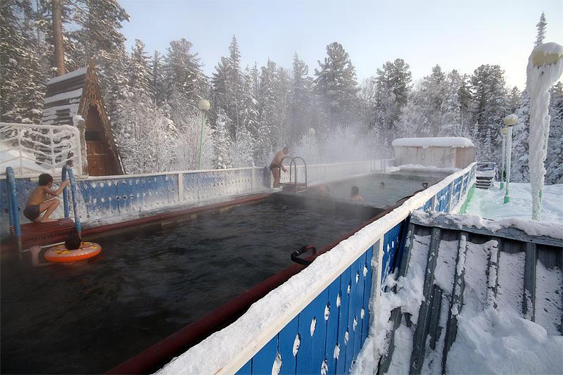 8. Дзелинда — Иркутская область Еще один из знаменитых Байкальских источников, Дзелинда расположен в