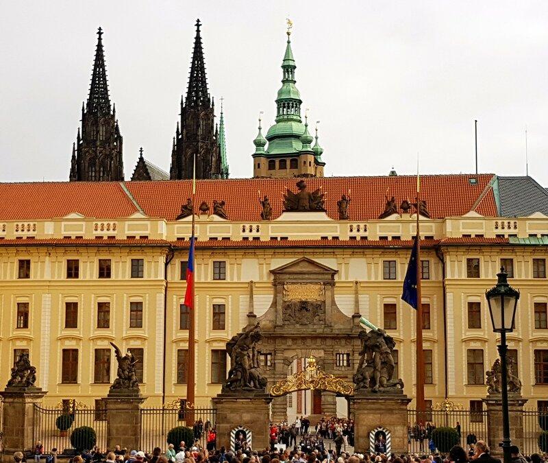 Прага@Люсик.нет - Страница 2 0_b4903_6a4ea946_XL