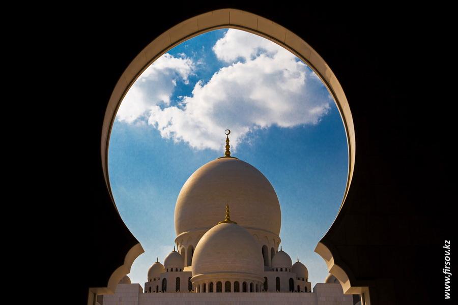 Abu-Dhabi9.JPG