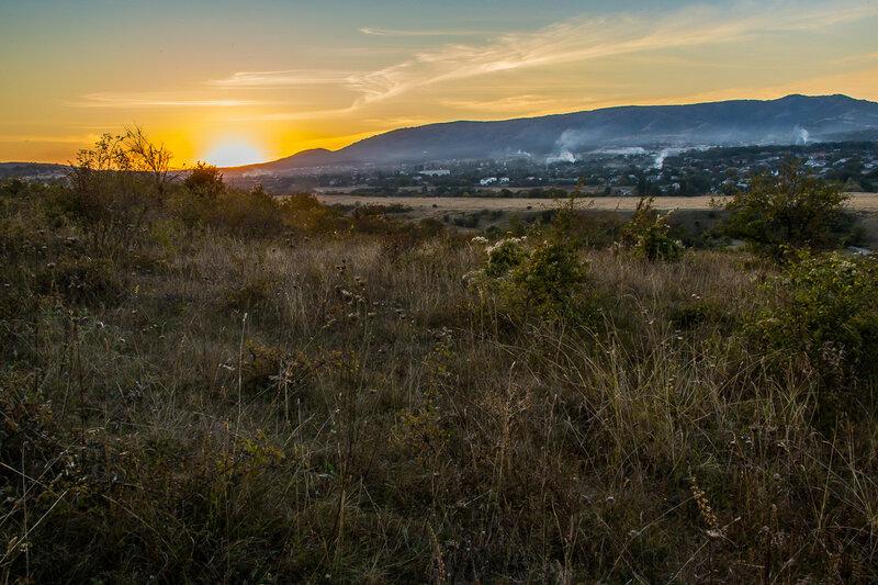 Солнце упало за гору Агармыш