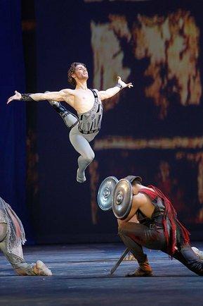 Ivan Vasiliev in Spartacus, Bolshoi Theatre  -  2011-10-28.