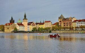 На машинке по Влтаве. Прага