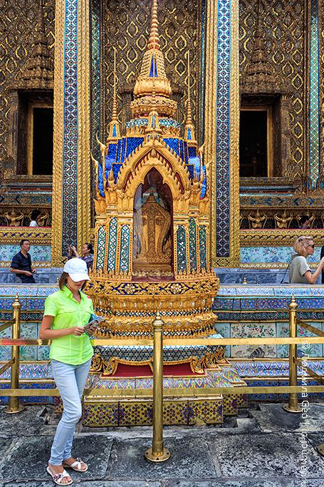 храм изумрудного будды бангкок
