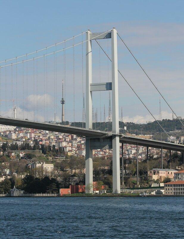 Стамбул. Мост мучеников 15 июля (15 Temmuz Şehitler Köprüsü) вид с Босфора