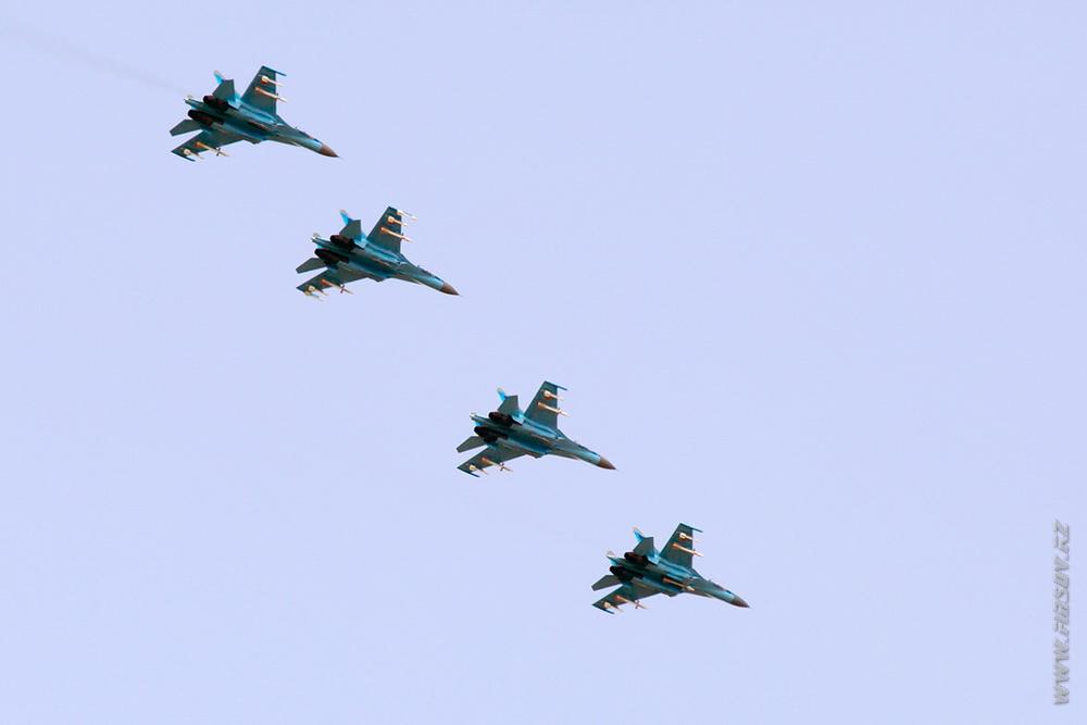 Su-27_group_KZ_Air_Force_4_TDK.JPG