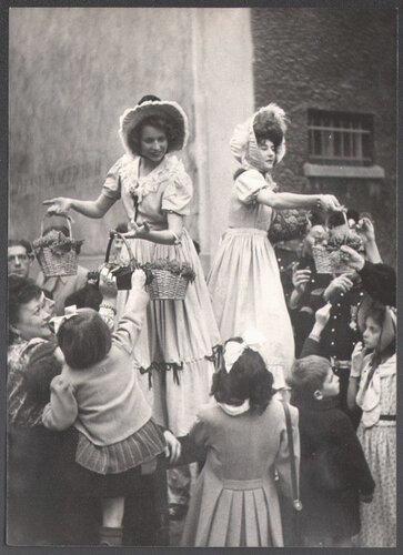 праздник сбора винограда_1945.jpg