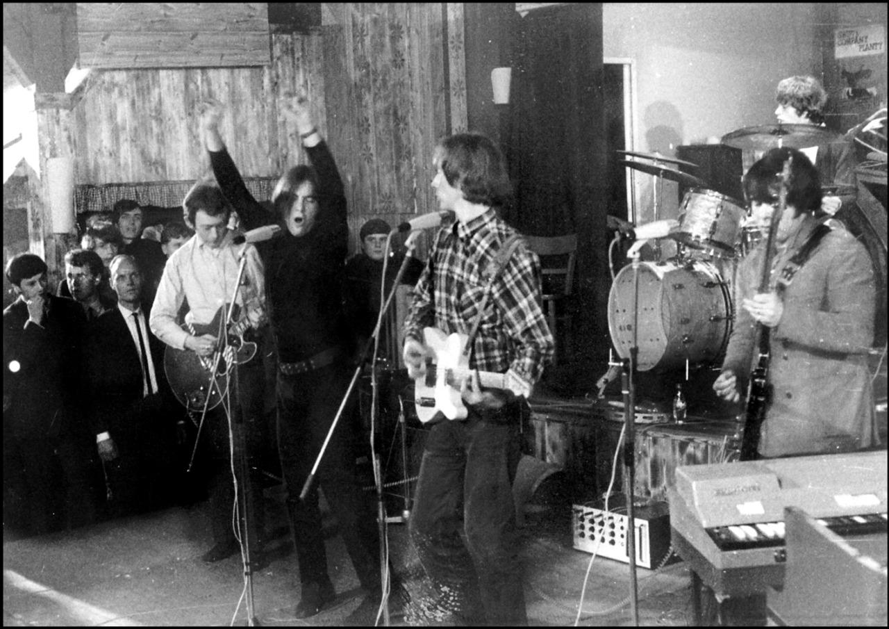 1966. «The Pretty Things»