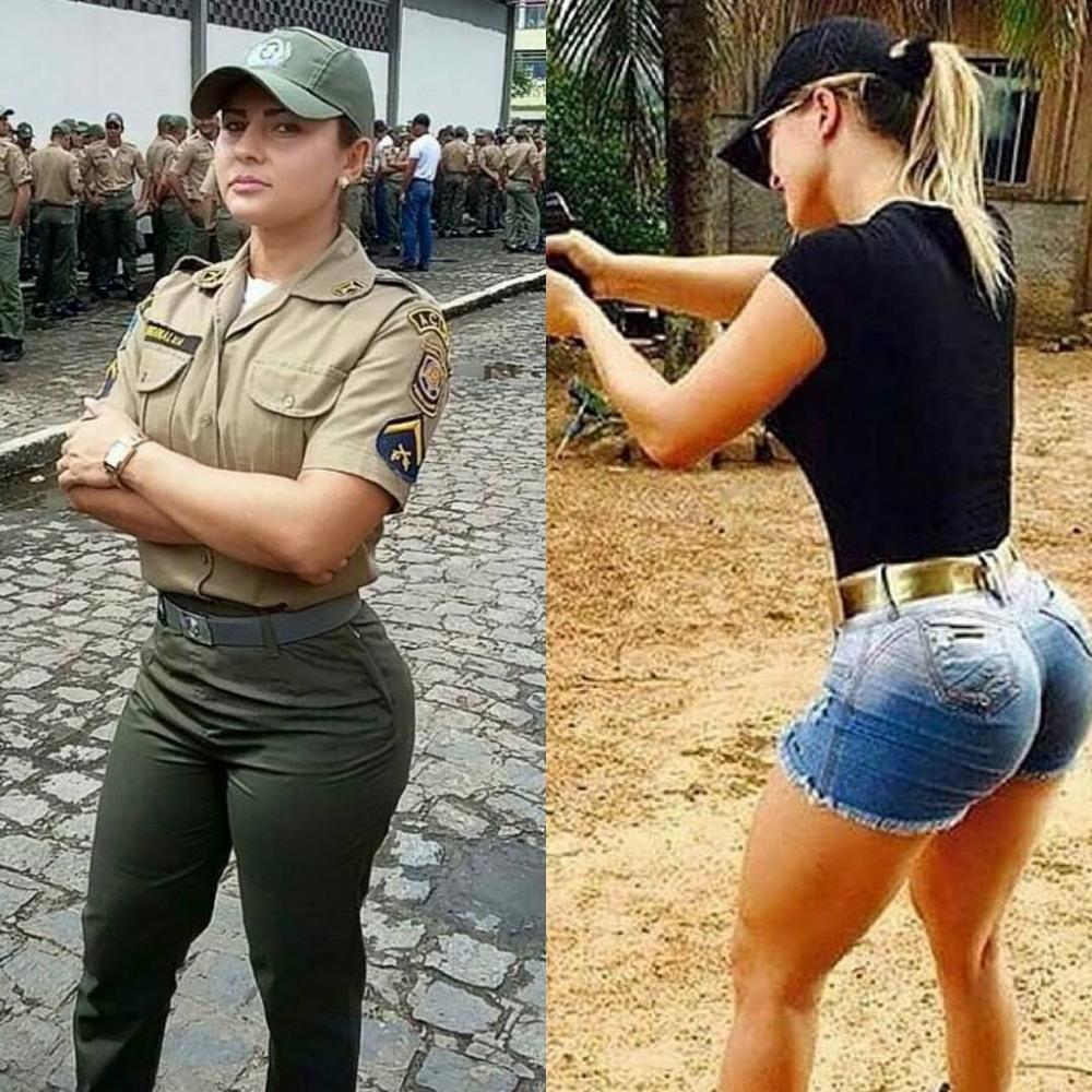 Девушки в форме и без