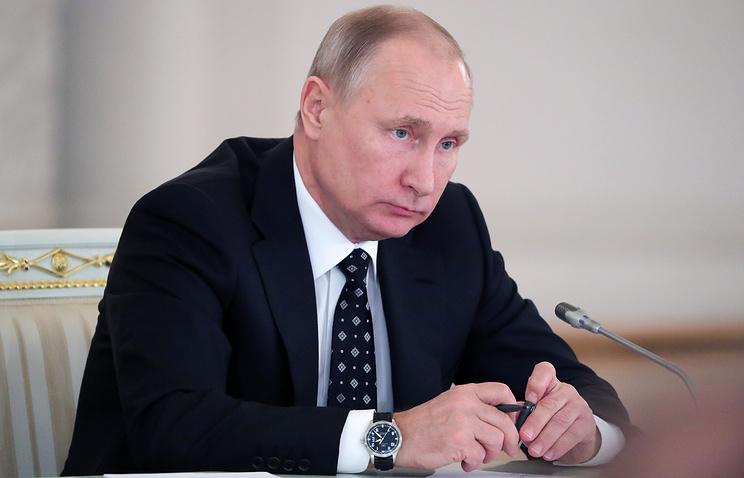 20180114_13-03-Путин сравнил коммунистическую идеологию с христианством