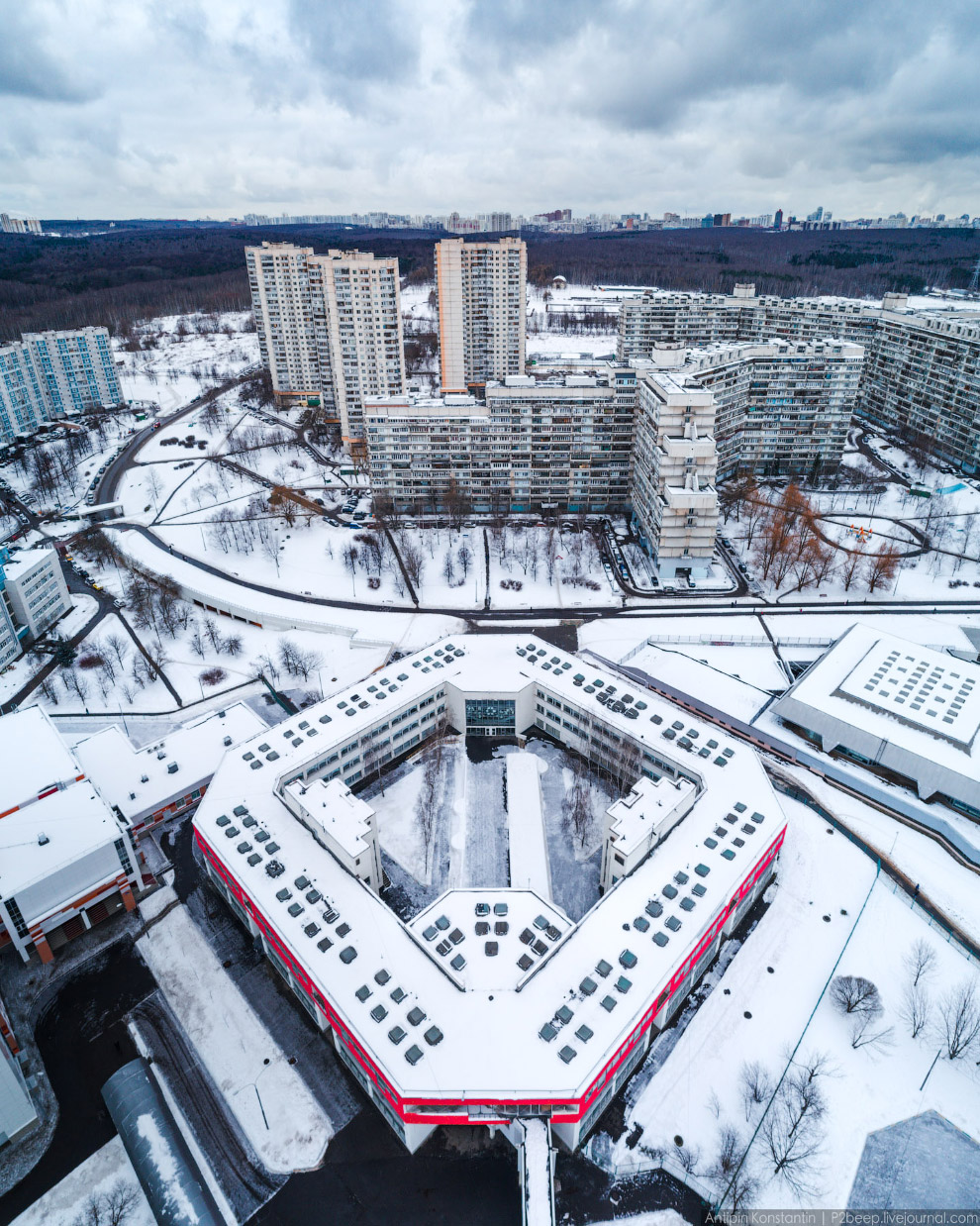 7. Продолжаем путешествие по спальным районам: Ясенево с громадами II-68/22-2.