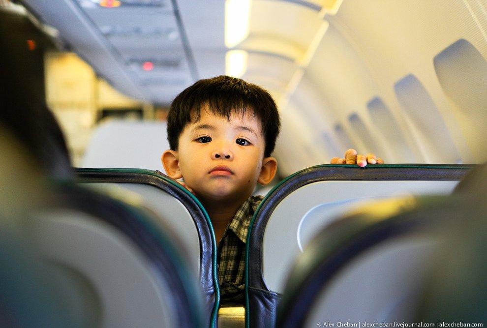 Использование только новых самолетов позволяет снизить расходы на их обслуживание и использовать кру