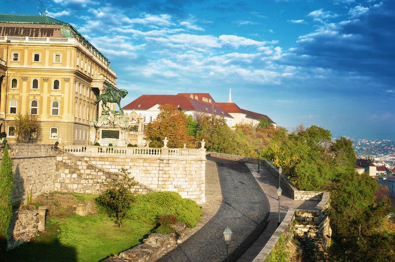 Будайская крепость. Резиденция венгерских королей в Будапеште. Самая древняя часть замка построена в XIV веке