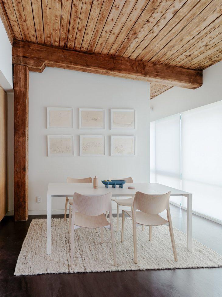 A Cozy Rug   Balance a modern interior with a warm and cozy rug underneath a di
