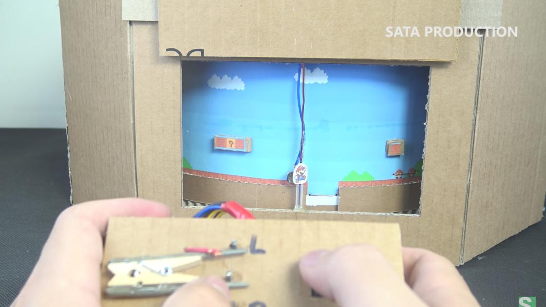 Mario Cardboard – Making a functional video game using cardboard!