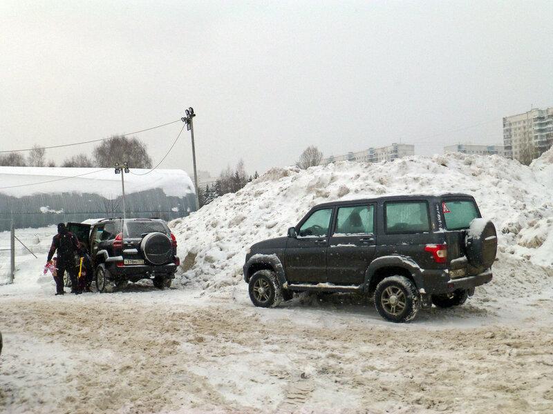 Незаконная свалка снега в Солнцево