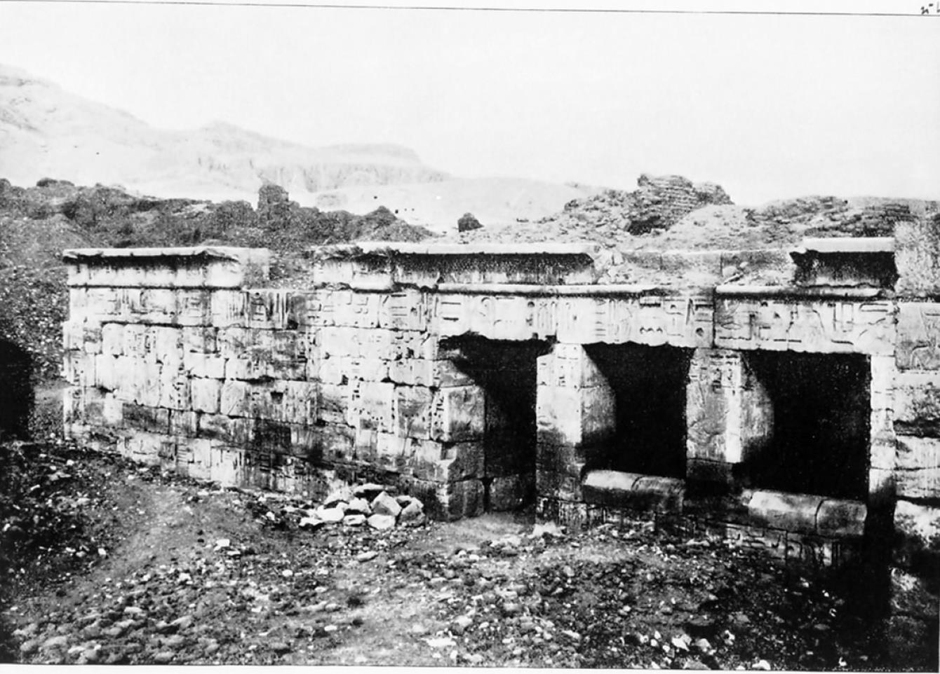 Мединет-Абу. Малый храм Рамсеса III. Старейшая часть