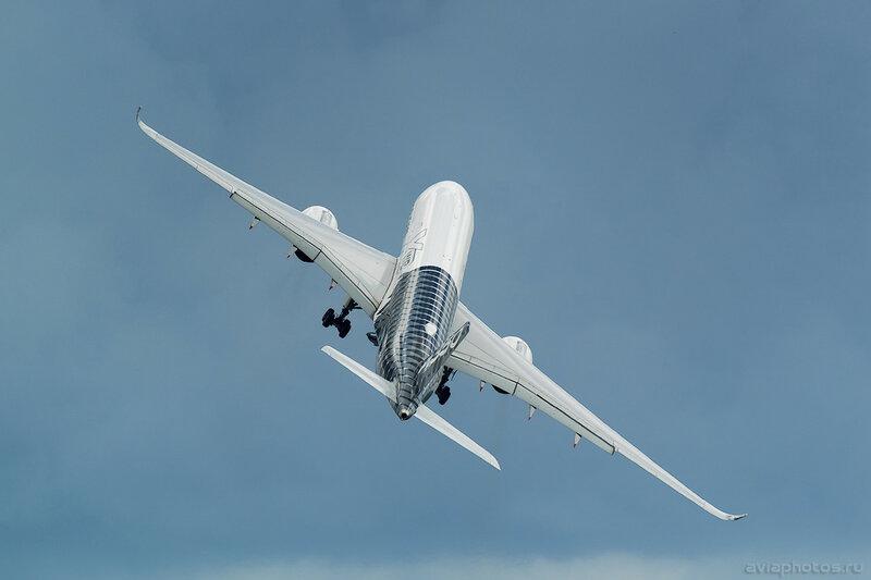 Airbus A350-941 (F-WWCF) Airbus Industrie 216_D802251