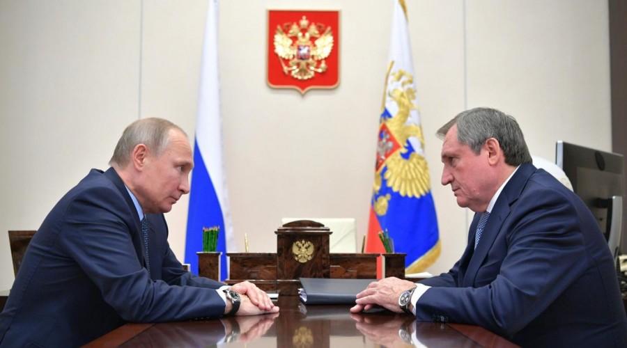 Владимир Путин провел рабочую встречу с главой «РусГидро»